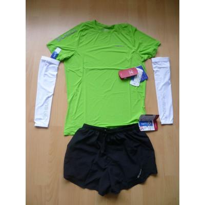 Titan Ice Kurzarm Laufshirt, Titan 4 2 in 1 Lauf-Shorts u. Arm Cooler von SUGOI mit IceFil-Technologie
