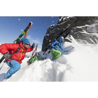 Fonna Daunen-Jacket Men red: Kletter-Action 2013/14 von BERGANS