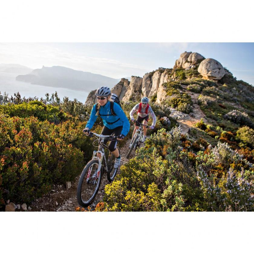 Sky Fly Bike Jacket Women - Mountainbike Action 2014 von VAUDE