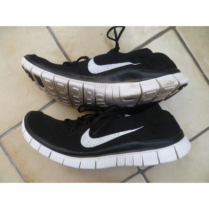Nike Free Flyknit Laufschuh: Innen- und Auenseite des Schuhs nach dem 1. Lauf 2013