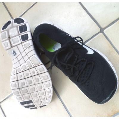 Nike Free Flyknit Laufschuh: Draufsicht und Laufsohle nach dem 1. Lauf 2013