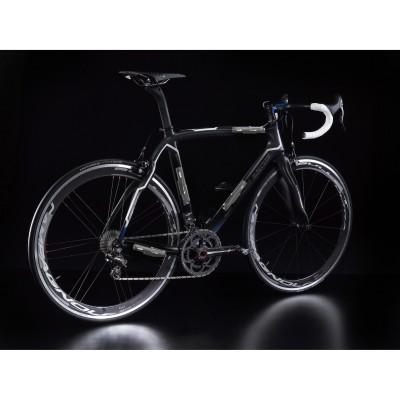 EPS V2 Power Unit kann an verschiedenen Bereichen des Fahrradrahmens montiert werden 2013 von Campagnolo