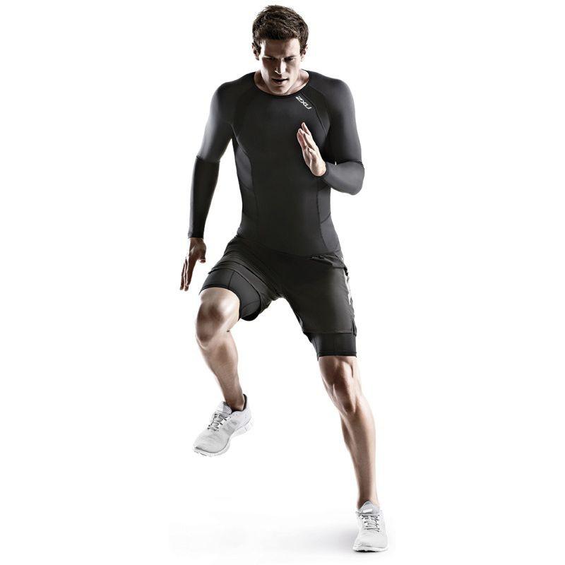 Sportler in 2XU-Kompressionsbekleidung 2013