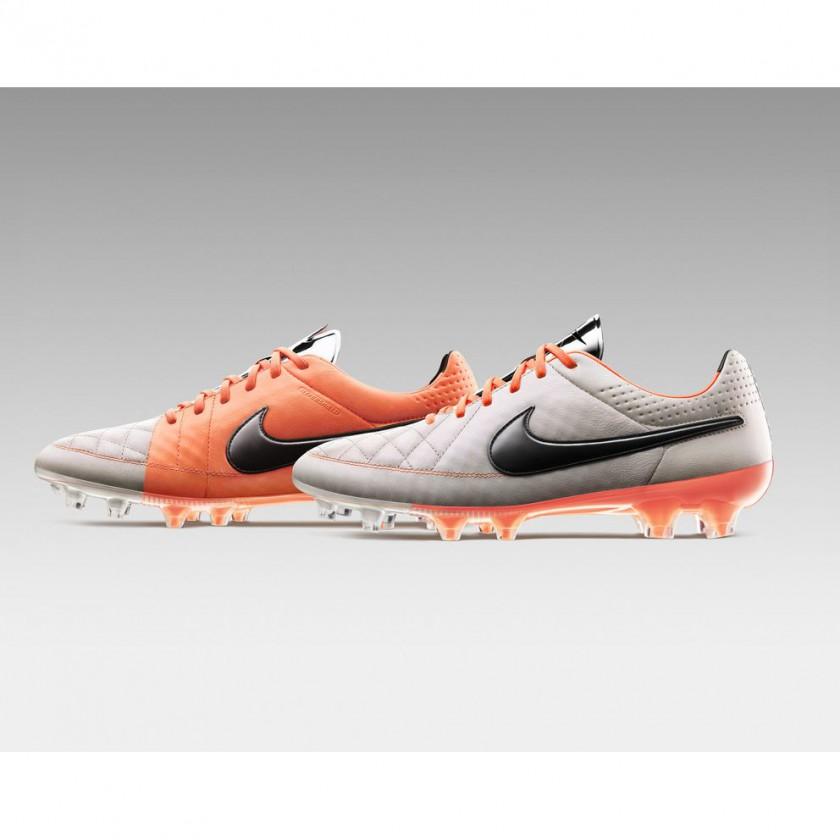 Tiempo Legend V Fußballschuhe side 2013 von Nike