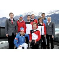 sterreichische Olympiastarter prsentieren Bekleidung der Winterspiele bzw. Paralympics in Sotschi in Innsbruck