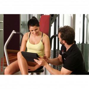 Lanista Trainingssoftware auf einem Tablet beim Einsatz im Fitnessstudio