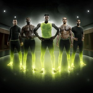 Zlatan Ibrahimovic, LeBron James u.a. prsentieren Pro Combat Recovery Hypertight 2014 von NIKE
