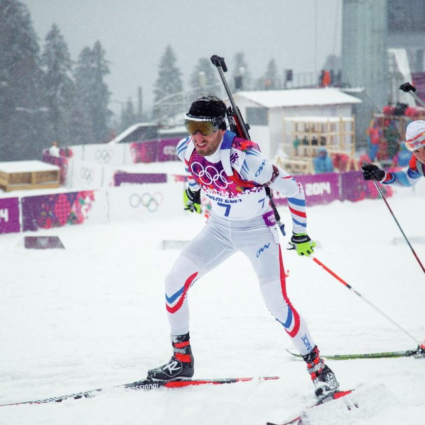 Jean-Guillaume Beatrix FRA gewann Olympia-Bronze 2014 in Sotschi im Biathlon in der Verfolgung