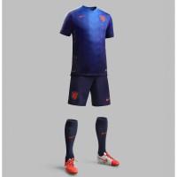Niederlande Auswrts-Outfit Trikot, Hose, Socken fr die Fuball-Weltmeisterschaft 2014 in Brasilien von NIKE