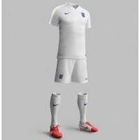 England Heim-Outfit Trikot, Hose, Socken fr die Fuball-Weltmeisterschaft 2014 in Brasilien von NIKE