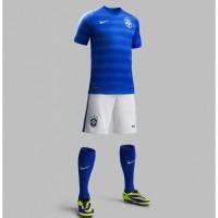 Brasilien Auswrts-Outfit Trikot, Hose, Socken fr die Fuball-Weltmeisterschaft 2014 in Brasilien von NIKE