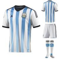 Argentinien Heim-Outfit Trikot, Hose, Socken fr die Fuball-Weltmeisterschaft 2014 in Brasilien von adidas
