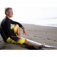 Surfer im Blade Compression Top black 2014 von OAKLEY