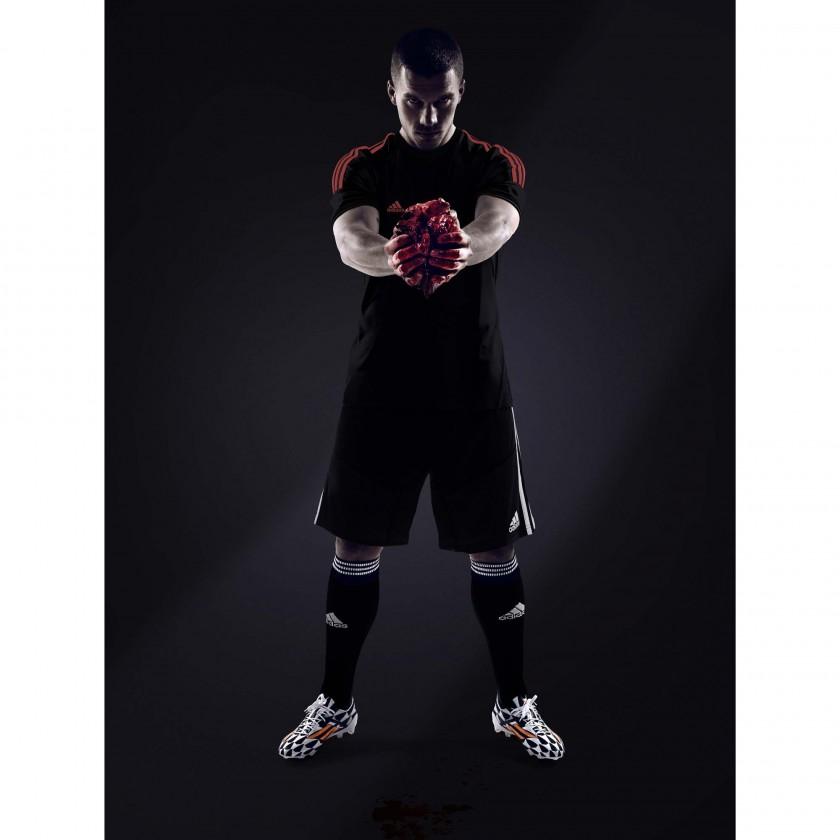 Lukas Podolski im adizero F50 Battle Pack: Fr die WM gebe ich mein Herz - all in or nothing