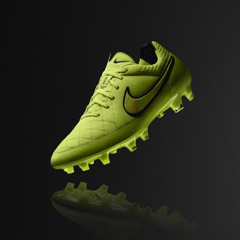 Tiempo Legend V Fuballschuh Summer Edition 2014 von Nike