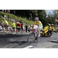 Vincenzo Nibali auf seinem S-WORKS TARMAC Rennrad von Specialized bei der Tour de France 2014