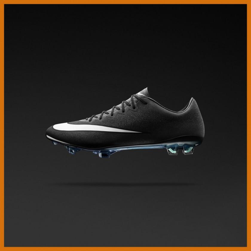 Mercurial Vapor X CR7 Fußballschuh black side 2014 von Nike