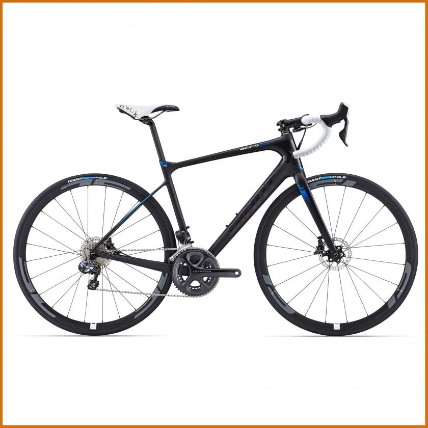 Defy Advanced Pro Rennrad mit Carbon Rahmen und Scheibenbremsen 2015 von GIANT
