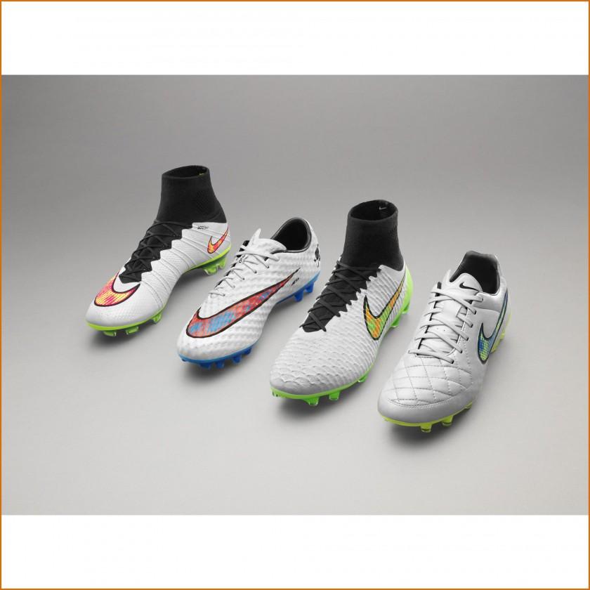 best service 2137f 8c48a Nike Shine Through Collection 2014  v.l. Mercurial Superfly IV, Hypervenom  Phantom, Magista Obra