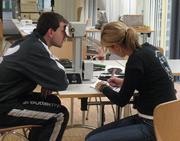 Durchblick fr Tischtennisprofis: RUB-Sportwissenschaftler testen und verbessern Sehleistung