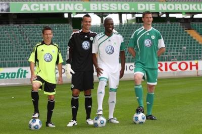 adidas und VfL Wolfsburg prsentieren neue Trikots