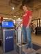 Erstes mobiles 3-D-Fußanalysesystem von ASICS kommt in den deutschen Sporthandel
