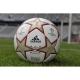 adidas präsentiert neuen Spielball für das UEFA Champions League Finale: den Finale Madrid
