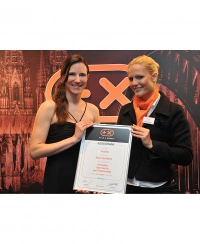 Donic Schildkröt CarboTec erhält Auszeichnung Plus X Award
