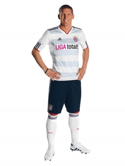 adidas und der FC Bayern Mnchen prsentieren neues Auswrtstrikot